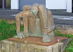 Pfinztaler Skulpturenweg - Hockender - Anette Mürdter.jpg