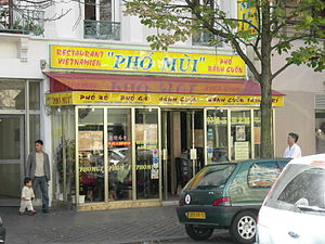 Vietnamese people in France - A pho restaurant in the Paris Quartier Asiatique neighborhood