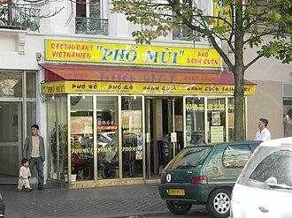 Vietnamese people in France - A pho restaurant in the Paris Quartier Asiatique neighborhood