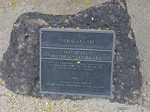 Pueblo Grande Ruin and Irrigation Sites - Image: Phoenix Pueblo Grande Ruin National Historic Landmark Marker