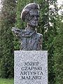 Popiersie Józef Czapski ssj 20110627.jpg