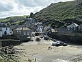 Port Isaac Harbour, Cornwall - panoramio (11).jpg