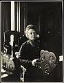 Portrett av Anna Rogstad på Stortinget 2 19. mars 1911.jpg