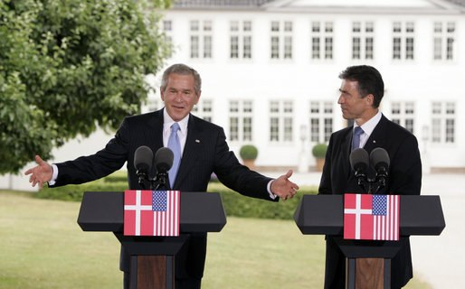 President George W. Bush and Danish Prime Minister Anders Fogh Rasmussen hold a joint press conference