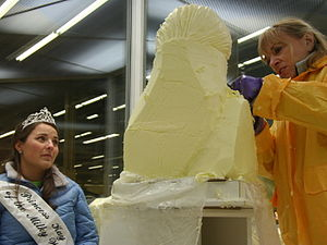 Minnesota State Fair - Linda Christensen sculpting Princess Kay in 2010