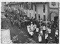 Processione con la statua della Madonna per le vie di San Fruttuoso nel 1960.jpg