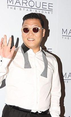 Psy performs in sydney australia.jpg