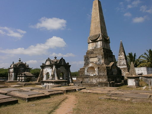 Pulicat-India-Dutch-Cemetery-2