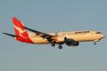 Qantas Boeing 737-800 VH-VZA MEL 2010-2-19.png