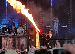 """English: Rammstein tour """"Liebe ist für al..."""