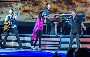 Rascal Flatts - Rascal Flatts performing with Cassadee Pope in 2013
