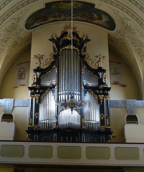 Datei:Reichenthal Pfarrkirche - Innenraum 2 - Orgel.jpg