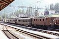 RhB 353 mit Personenzug.jpg