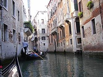 Rio San Luca, Venezia 2.jpg