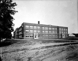 Roosevelt High School (Minneapolis) - High school in 1923