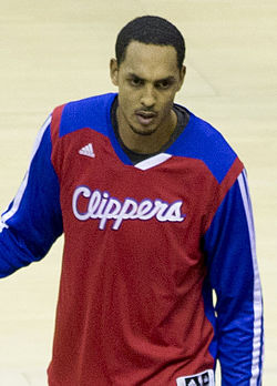 Ryan Hollins Clippers.jpg