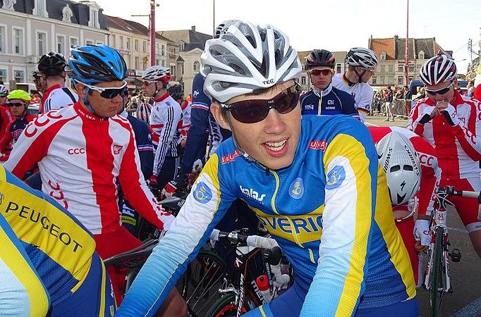 Saint-Amand-les-Eaux - Paris-Roubaix juniors, 12 avril 2015, départ (A51).JPG