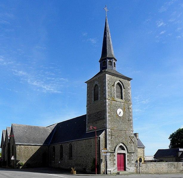 Église Saint-Pierre de Saint-Pierre-des-Landes (53). Façde ouest et flanc nord.