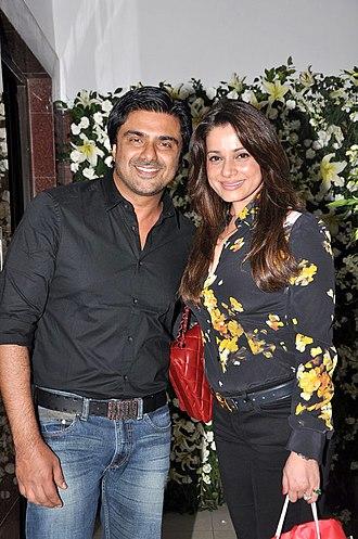 Samir Soni - Sameer Soni with wife Neelam Kothari at Kallista Spa opening