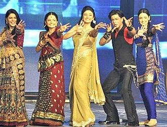 Ragini Khanna - Khanna at the music launch of Ra.One (2011) along with Shahrukh Khan and Pooja Gaur, Giaa Manek and Sanaya Irani