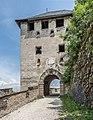 Sankt Georgen am Längsee Burg Hochosterwitz 10 Waffentor 1576 01062015 4398.jpg