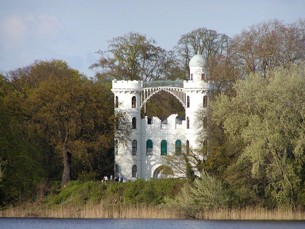 Schloss Pfaueninsel.jpg