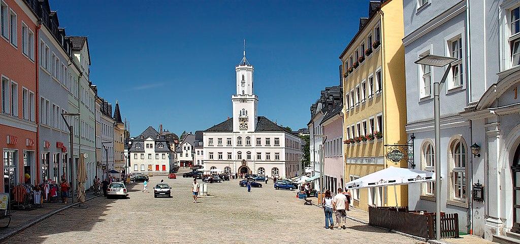Schneeberg Marktplatz und Rathaus. Marketplace with townhall (aka)