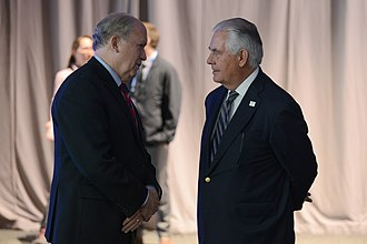 Bill Walker (American politician) - Walker and U.S. Secretary of State Rex Tillerson at the Arctic Council Ministerial Meeting, May 2017