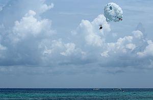 Parasailing - Parasailing in Playa del Carmen, Quintana Roo, México.