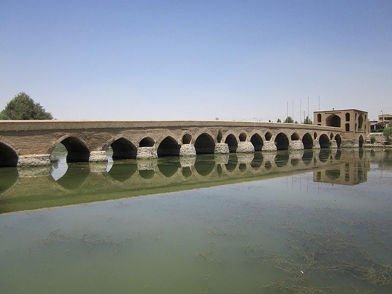 File:Shahrestan Bridge (Isfahan) 003.jpg