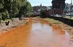 Shamokin Creek looking upstream in Shamokin, Pennsylvania.JPG