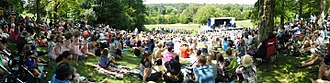 Sharon, Lois & Bram - Crowd watching Sharon and Bram on stage at the 2017 Peterborough Folk Festival