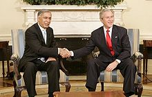 ShaukatAziz with Bush.jpeg