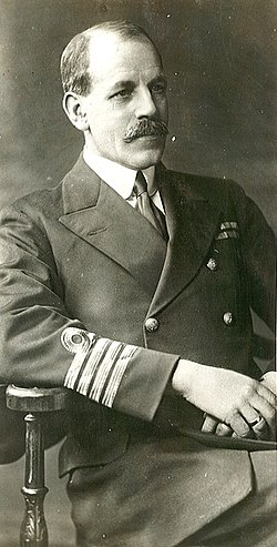 Sigurd Scott-Hansen i uniform.jpg