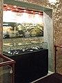 Sinagoga Kahal zur Israel, Mostra arqueológica no térreo.JPG