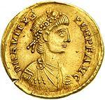 Solidus Avitus Arles (anverso) .jpg