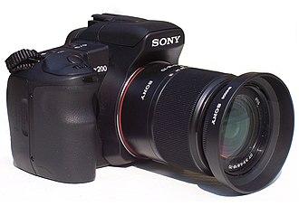 Sony Alpha 200 - Image: Sony alpha 200