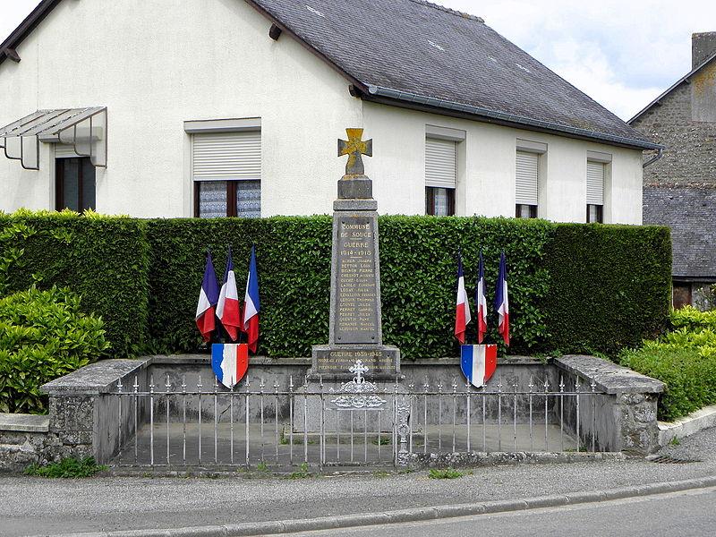 Monument aux morts de Soucé (53).
