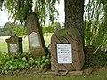 Stèles allemandes sur le champ de bataille du 6 août 1870 (Woerth) (35773319360).jpg