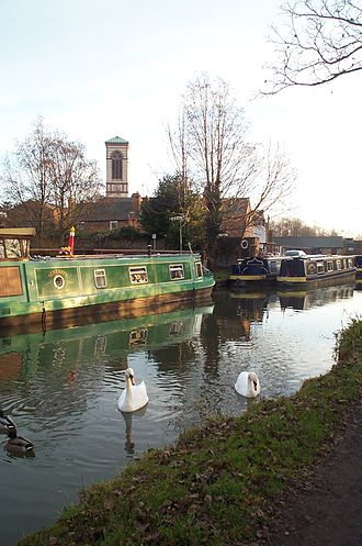 Jericho, Oxford - Image: St Barnabas by canal Jericho Oxford 20051224