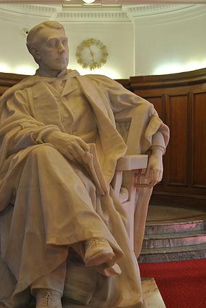 John Viriamu Jones - Statue of John Viriamu Jones by William Goscombe John, Cardiff University