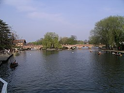 Stratford-on-avon river 15a07.JPG