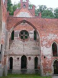 Stuelerkirche Reitwein 2 - Blick ins Querhaus (Wilkinus).jpg