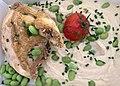 Suprême de poulet snacké, mousseline de chou-fleur et fèves de soja.jpg