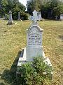 Sváb sír a kozármislenyi új temetőben.jpg