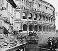 TD al Colosseo 1944.jpg