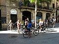 Tallers 45 i grup de turistes en bicicleta P1200601.jpg