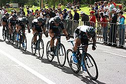 Team Sky train Cancer Council Helpline Classic 2010.jpg