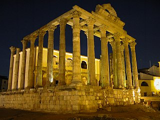 Templo de Diana Mérida.JPG