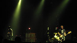 The Cribs (1930976867).jpg